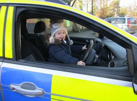 S/Sgt 7177 Owen Chambers visits Acorn